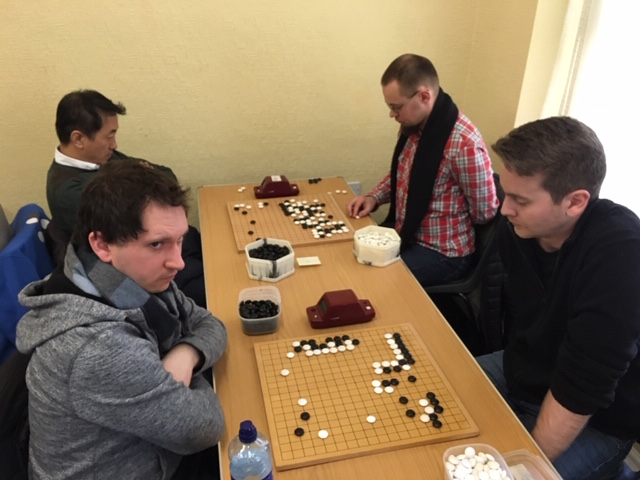 Andreas Goetzfried looks perturbed by developments in his game against Mathis Isaksen